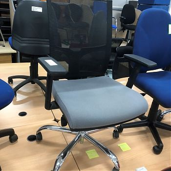 MESH SWIVEL CHAIRS