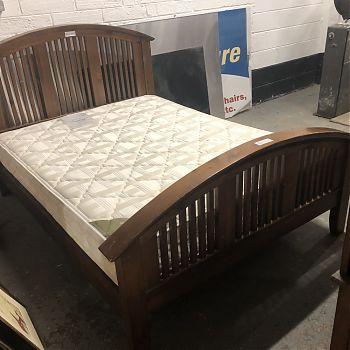 5FT SOLID DARK WOOD BED FRAME