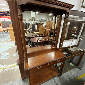 LARGE MAHOGANY MIRRORED HALL STAND