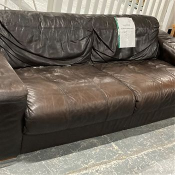 # 26542 - DARK BROWN LEATHER 3 SEATER