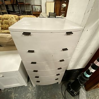 # 26009 - TALL CURVED CHEST OF DRAWERS