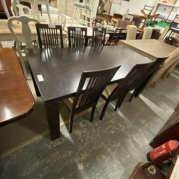# 26574 - SOLID DARKWOOD TABLE SET